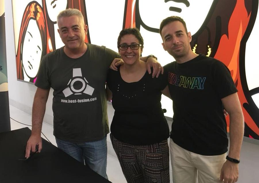 Con @Tesacu y Raúl González